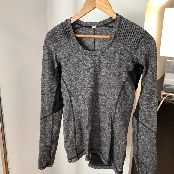 Lululemon Long sleeve top Grey and black